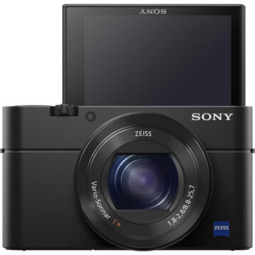 20.1 MP Digital Compact Camera with 4K video