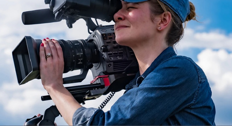 Sony XDCAM PXW-FX9 Female Operator